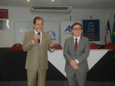 ABIH Bahia discute setor hoteleiro e apresenta o Conotel 2018 no Café com Informação