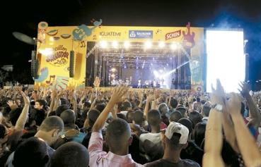 Salvador registra 86% de ocupação em hotéis e alto fluxo de turistas durante o Réveillon